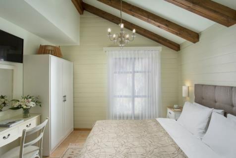 Basalt Cabins - bed